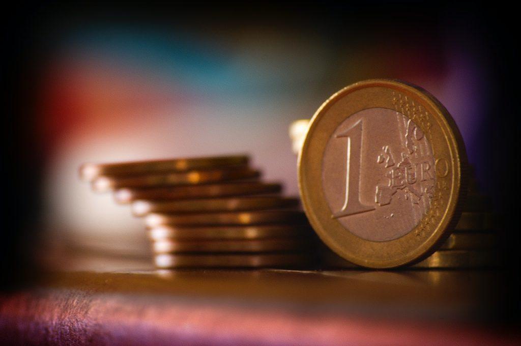 Faire des économies, pièces de 1 euro