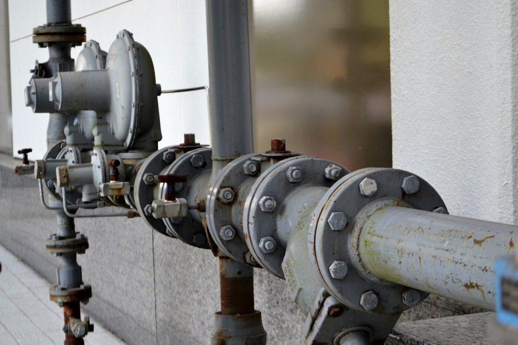 Pompe tuyauterie plomberie