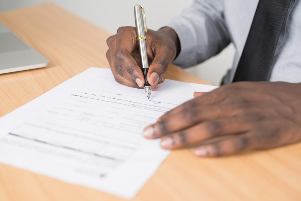 Signature d'un contrat d'entretien
