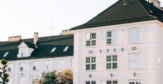 Grande maison immeuble avec appartement